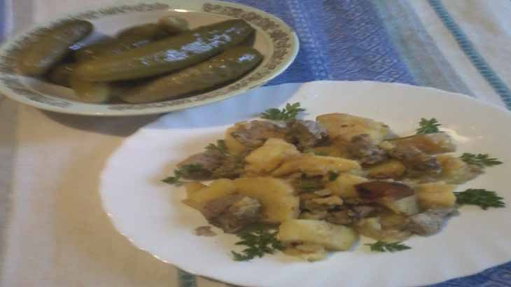 Вкусная картошечка с мясом в мультиварке