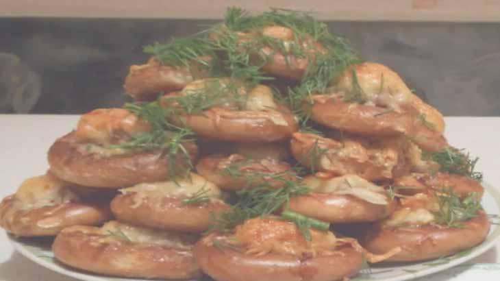 Сушки с мясной начинкой