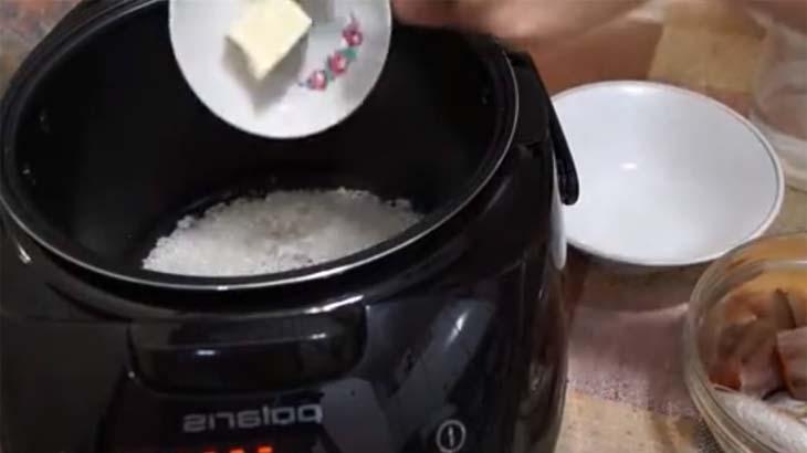 Рис и сливочное масло в мультиварке
